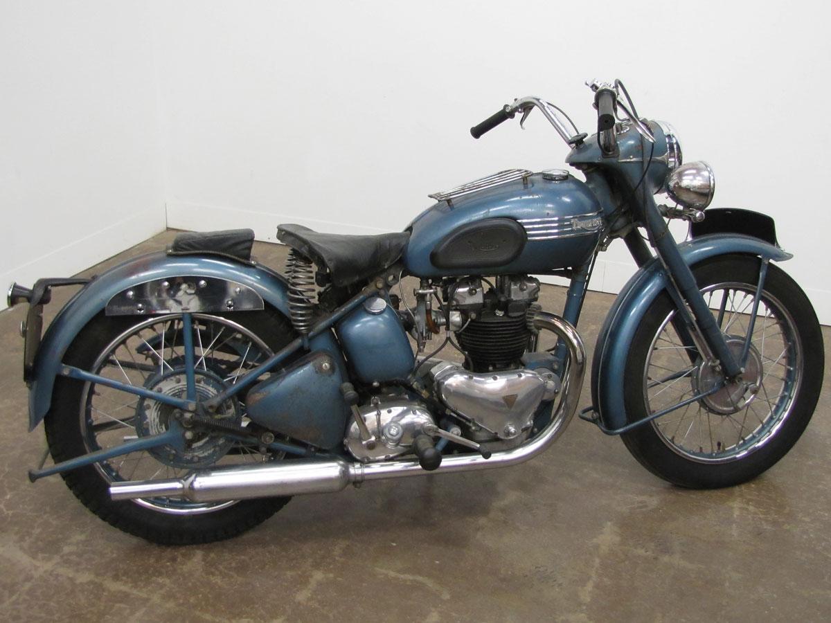 1952-triumph-thunderbird_2