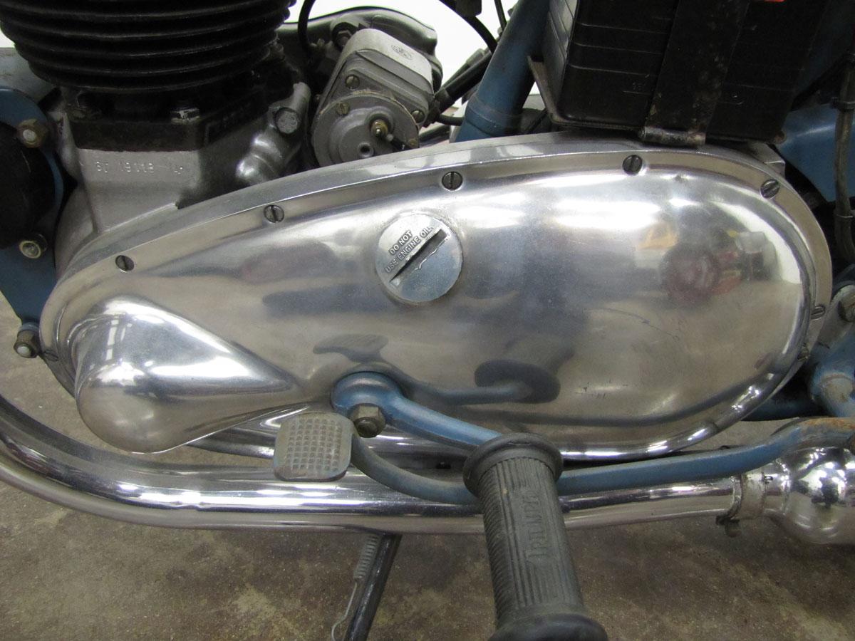 1952-triumph-thunderbird_34