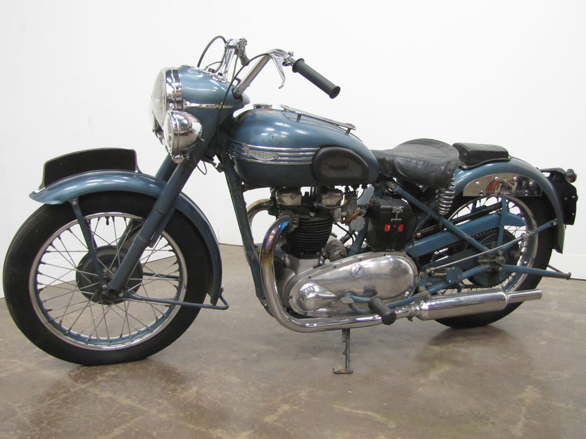 1952-triumph-thunderbird_4
