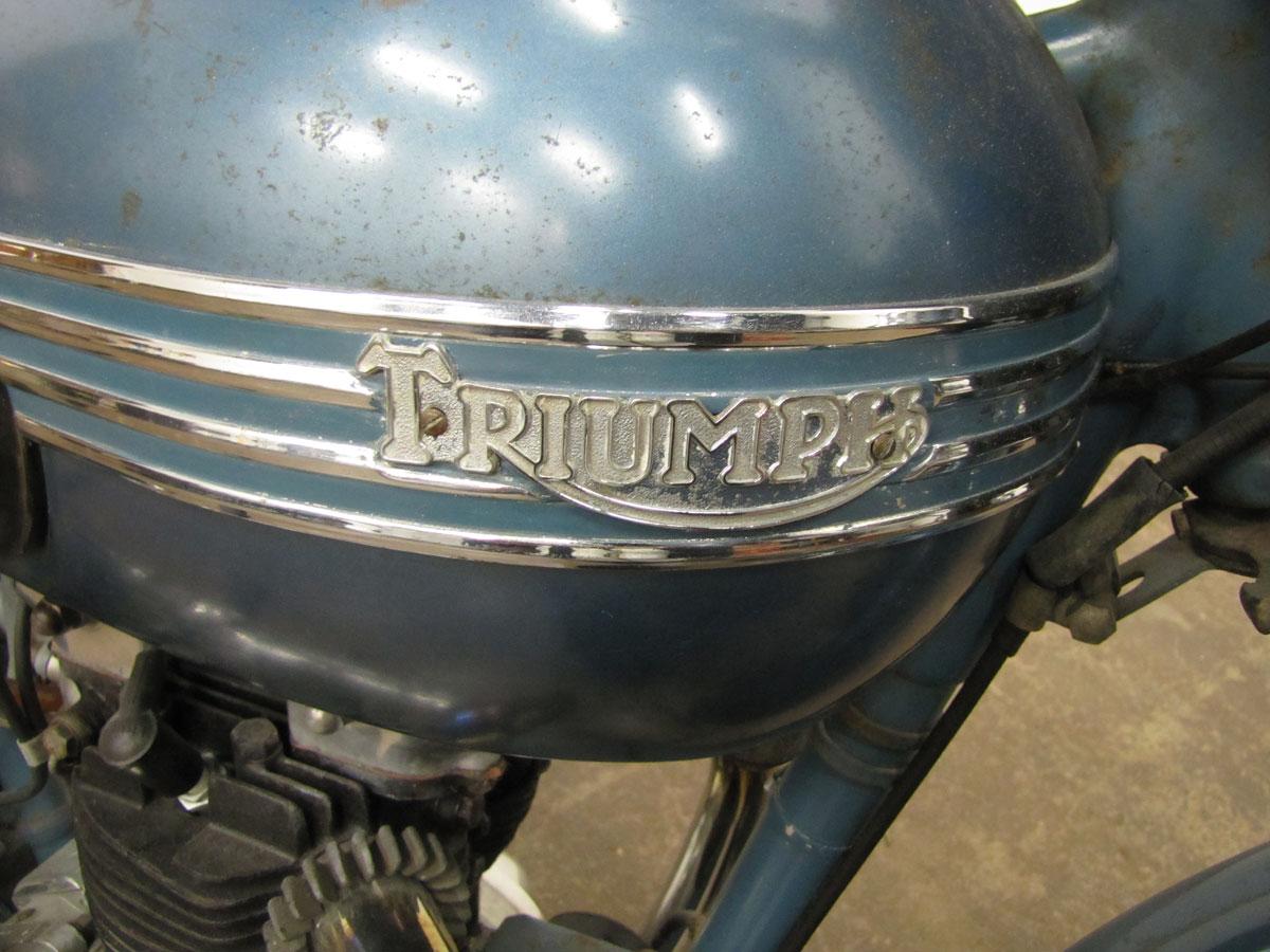 1952-triumph-thunderbird_7