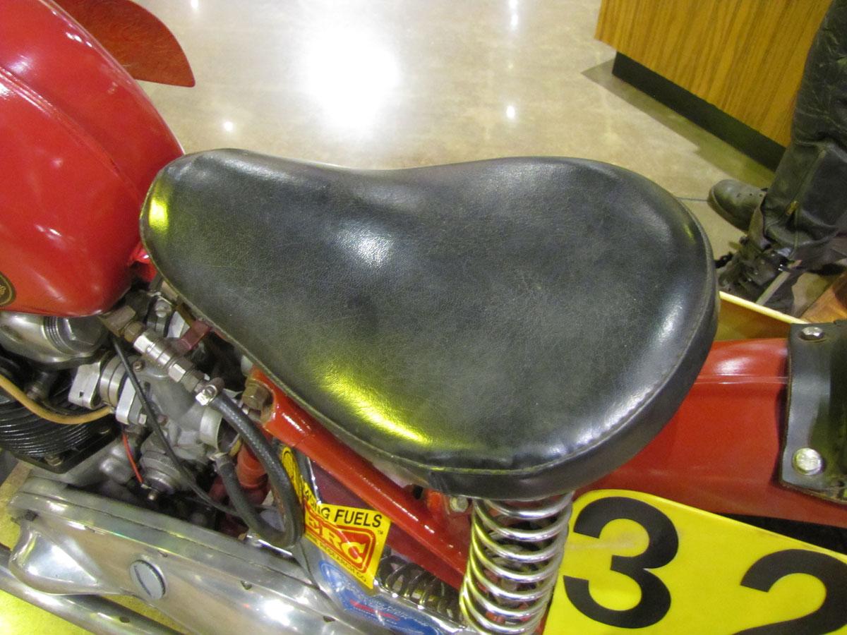 1953-triumph-t110_12