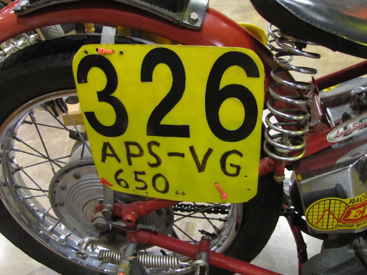 1953-triumph-t110_18