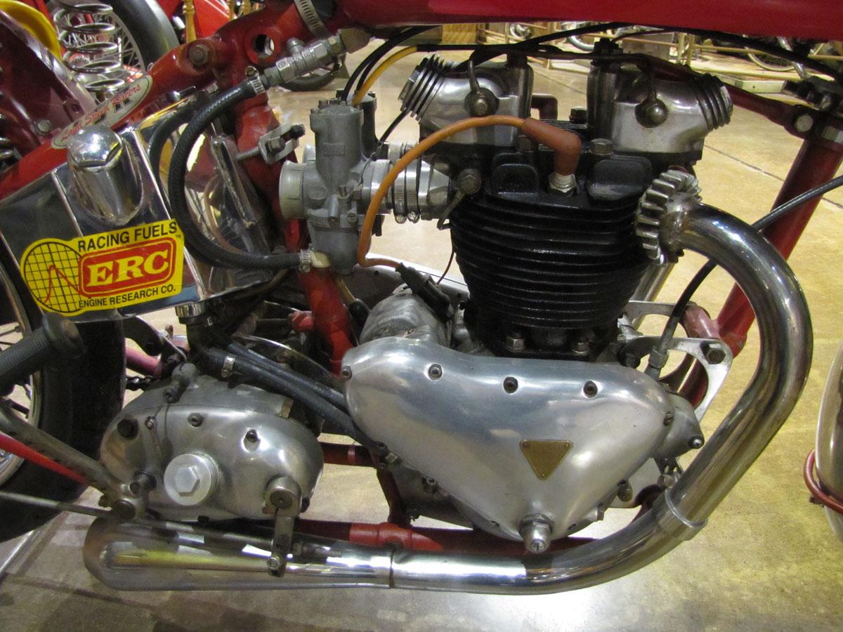 1953-triumph-t110_30