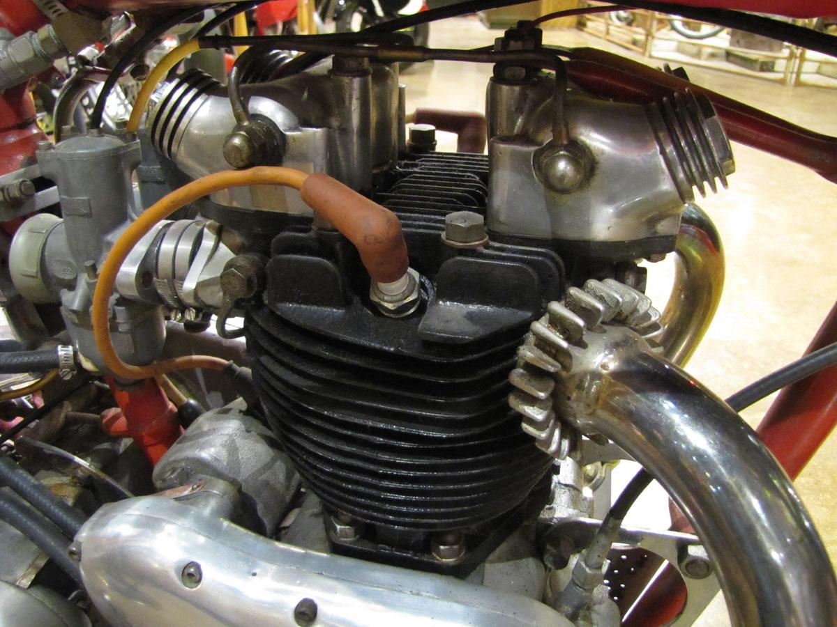 1953-triumph-t110_31