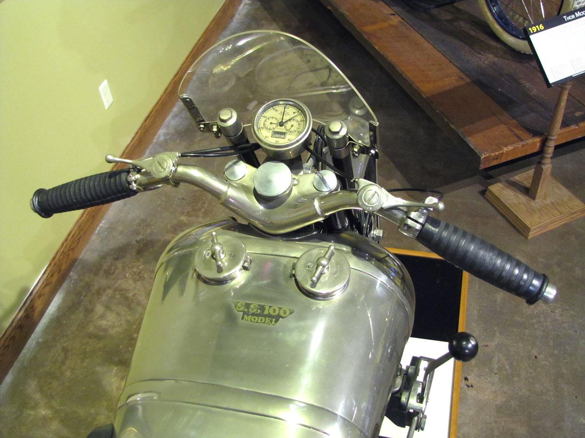 1927-brough-superior-ss100-pendine_13