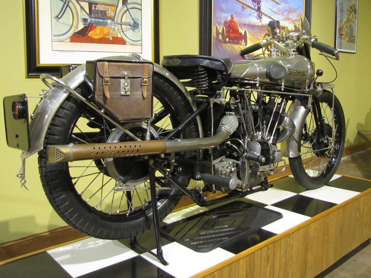 1927-brough-superior-ss100-pendine_2