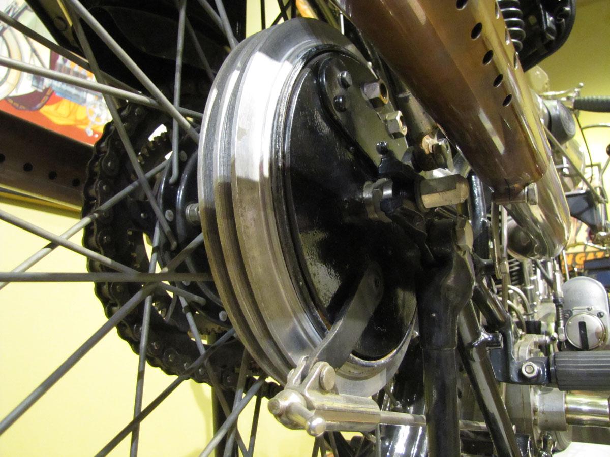 1927-brough-superior-ss100-pendine_26