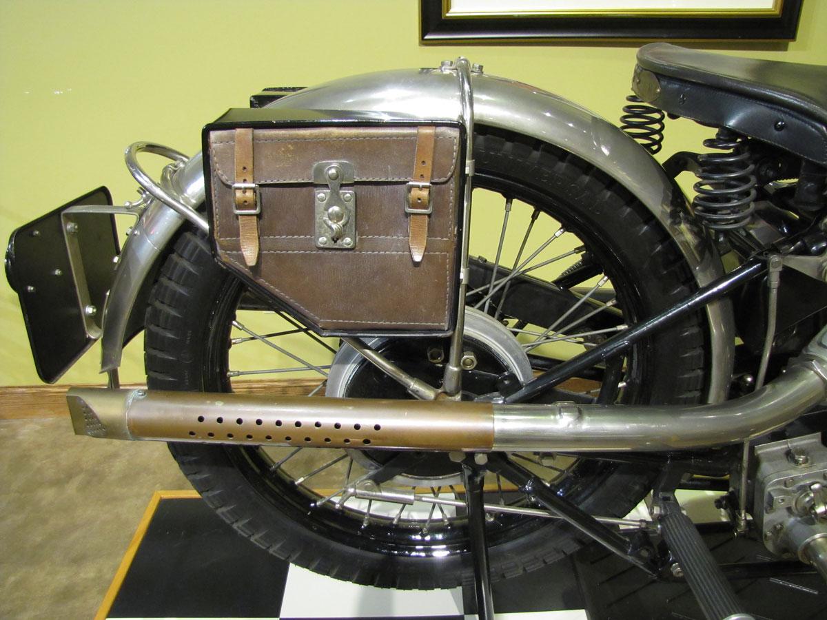 1927-brough-superior-ss100-pendine_29