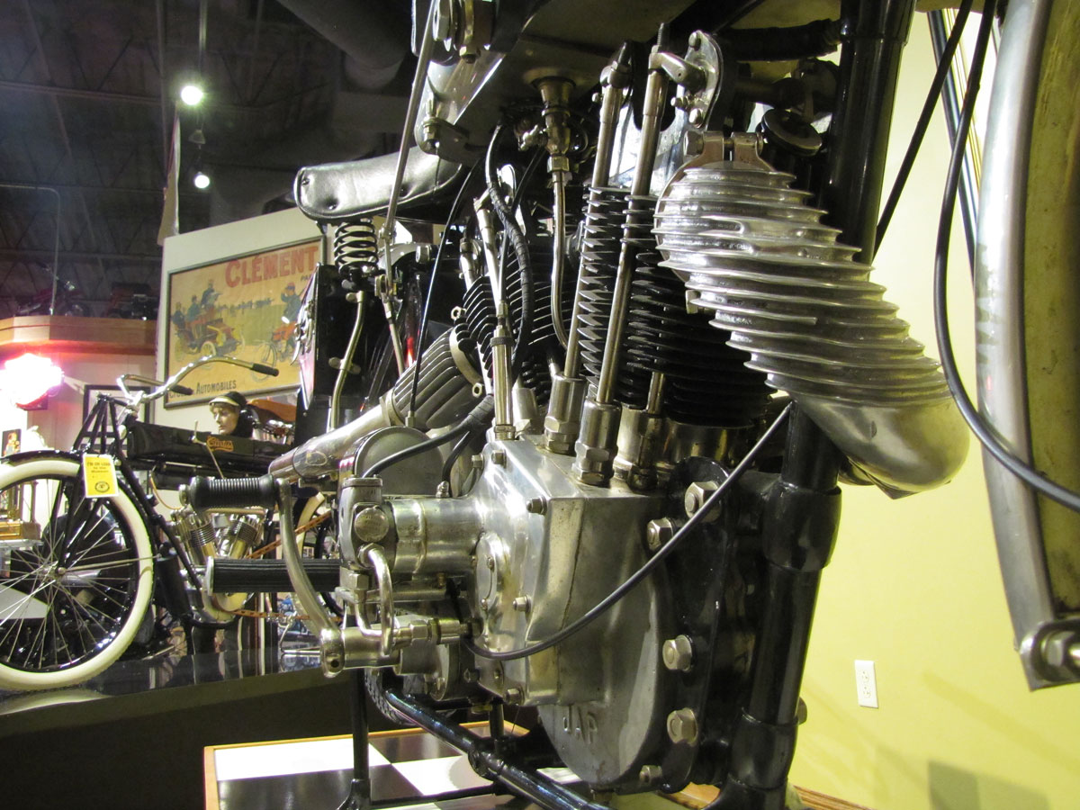 1927-brough-superior-ss100-pendine_34
