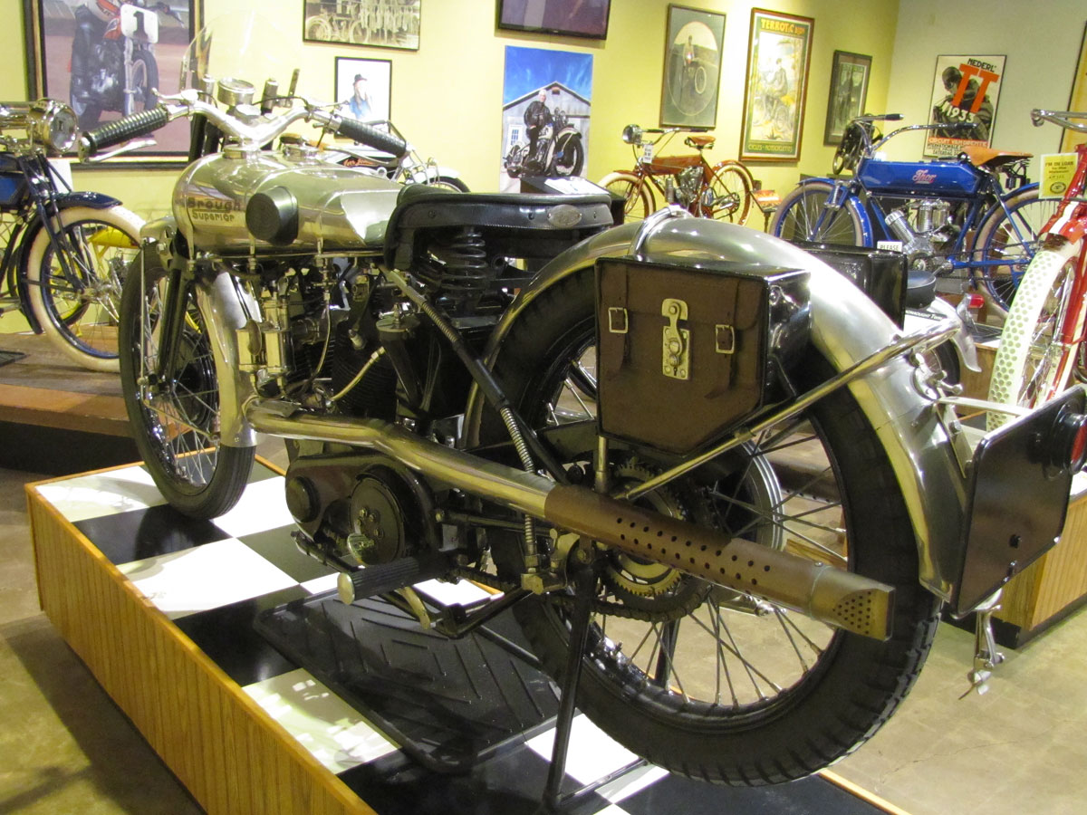 1927-brough-superior-ss100-pendine_4