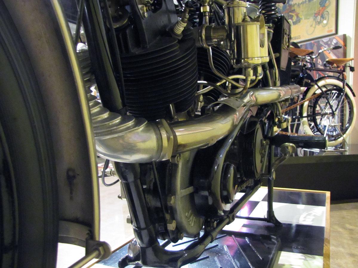1927-brough-superior-ss100-pendine_40