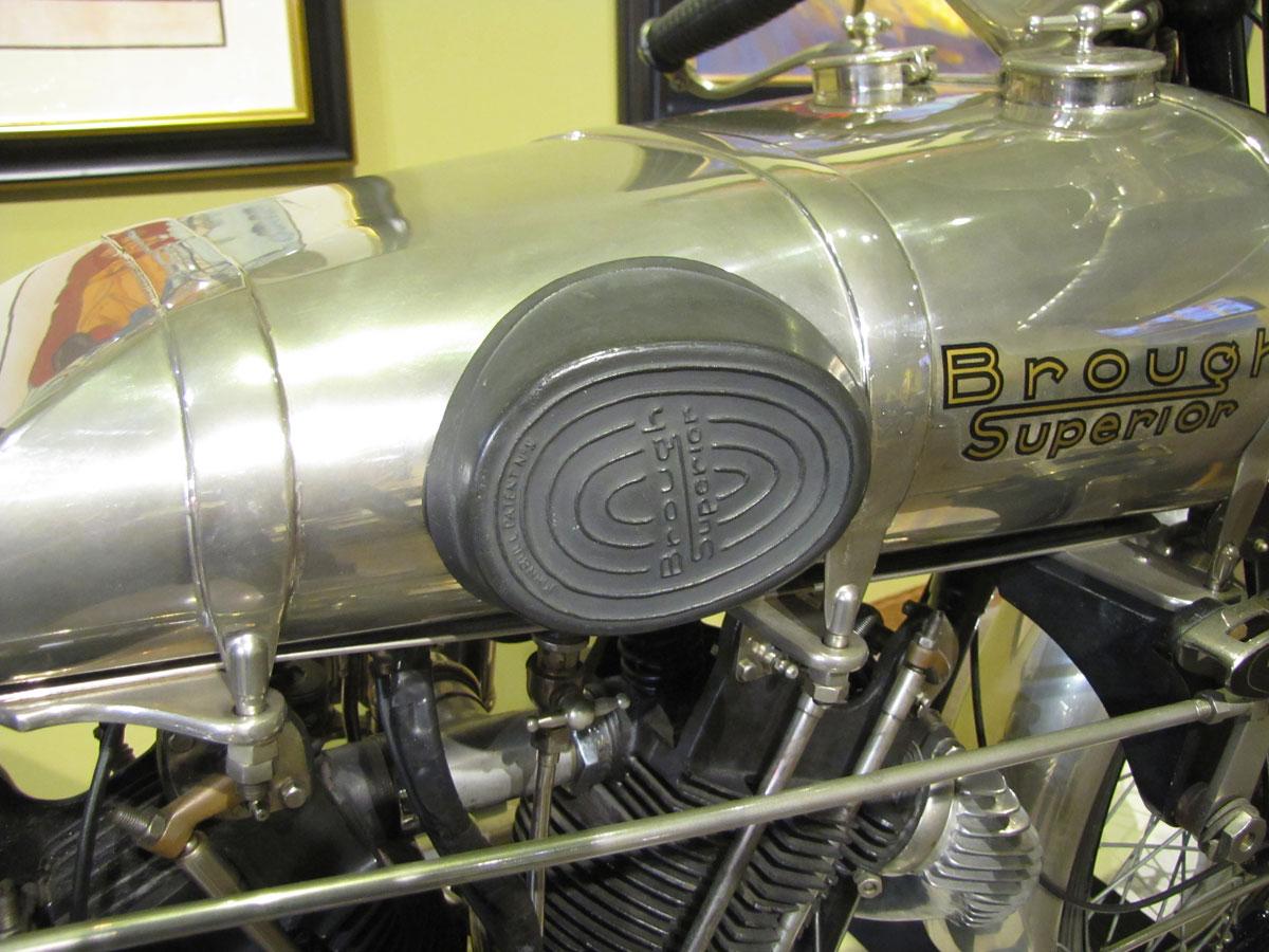 1927-brough-superior-ss100-pendine_8