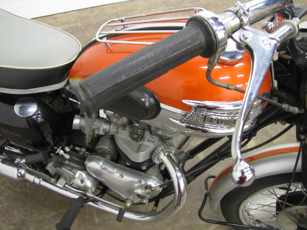 1962-triumph-bonneivlle-t120r_10