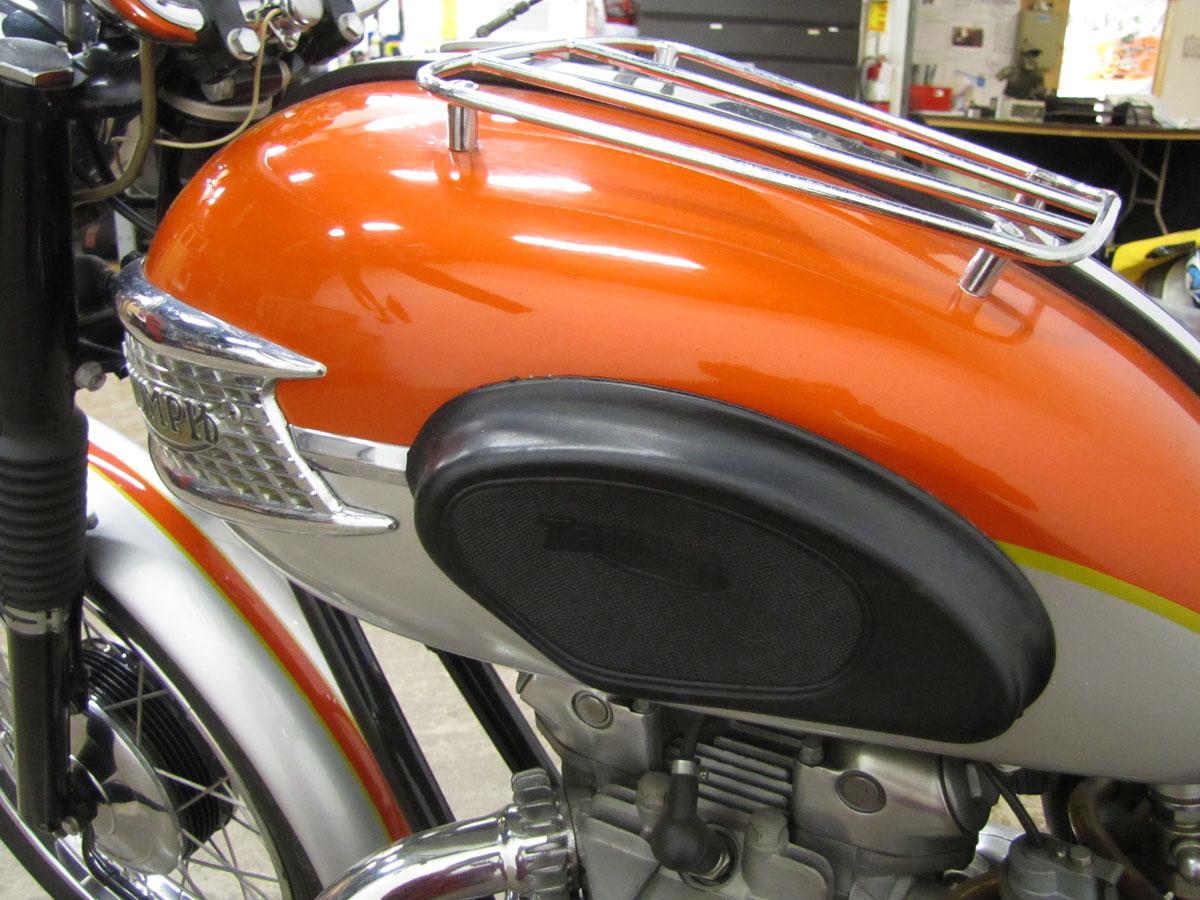 1962-triumph-bonneivlle-t120r_13