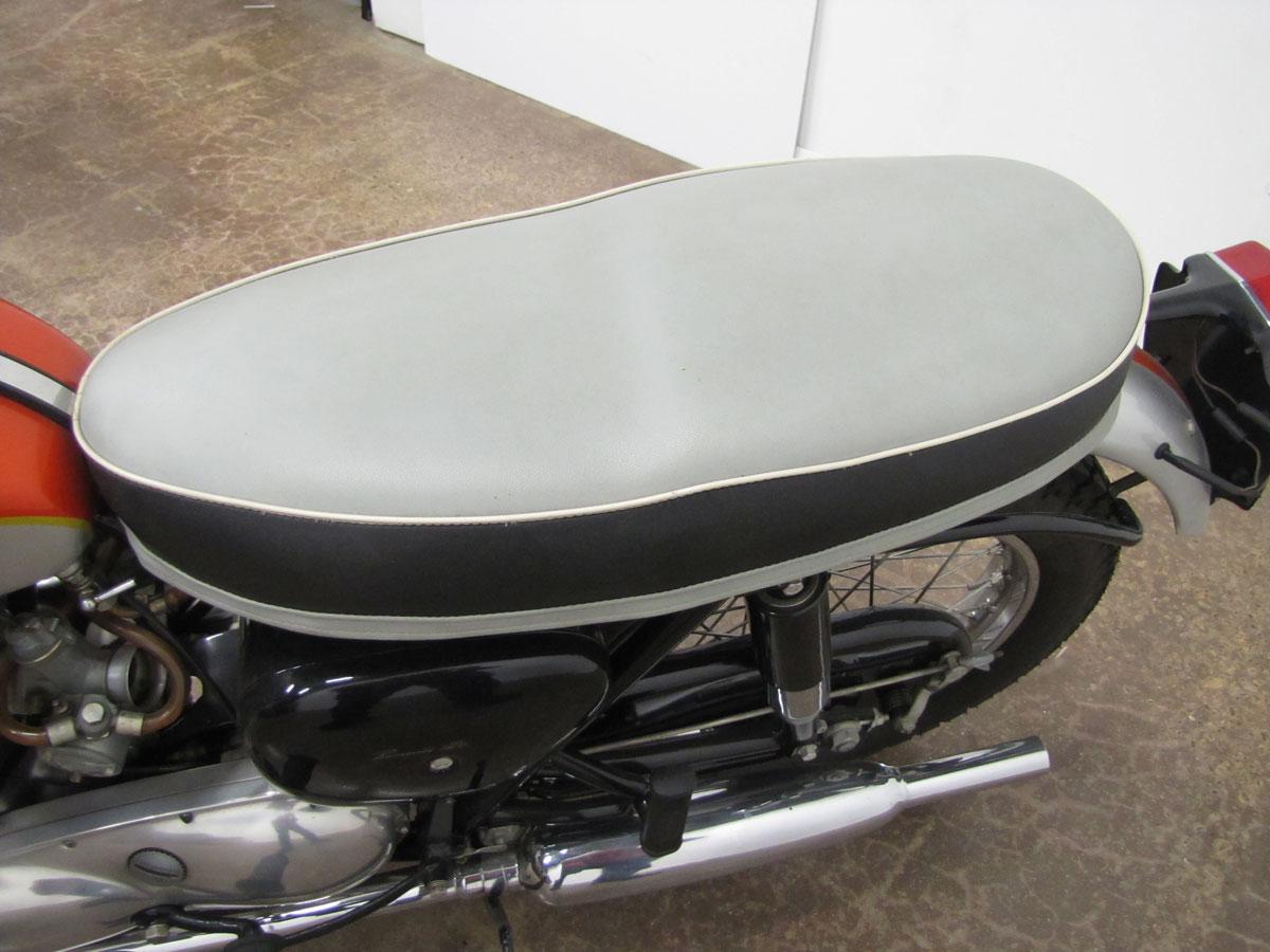 1962-triumph-bonneivlle-t120r_15