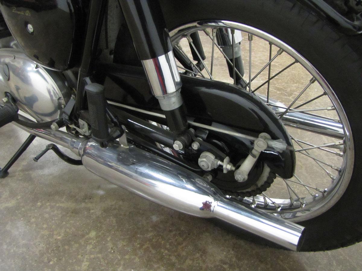 1962-triumph-bonneivlle-t120r_24