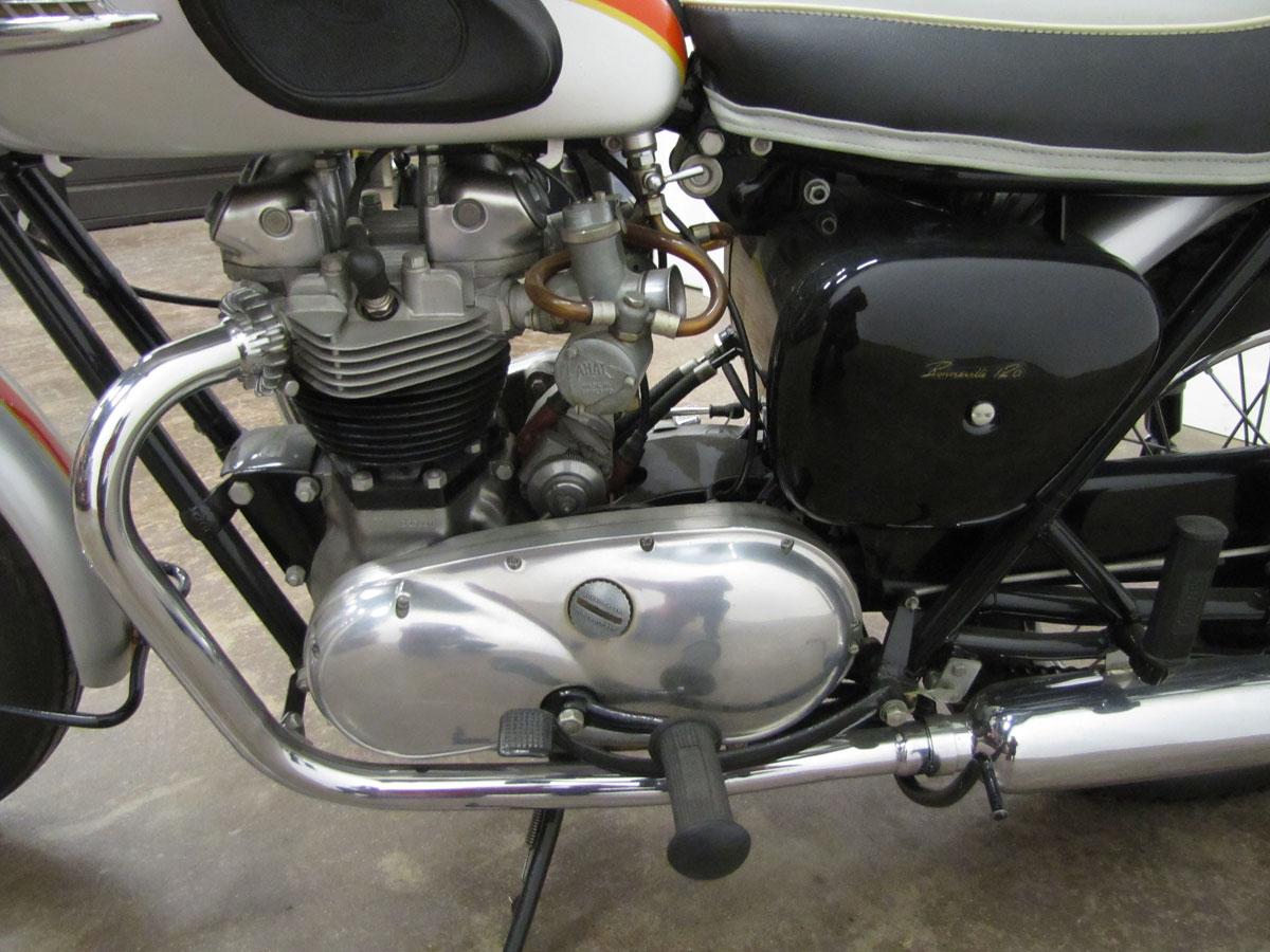 1962-triumph-bonneivlle-t120r_27