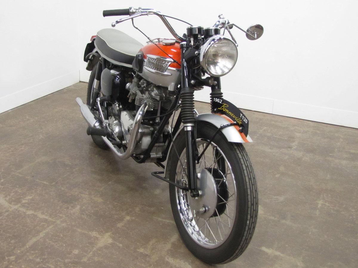1962-triumph-bonneivlle-t120r_3