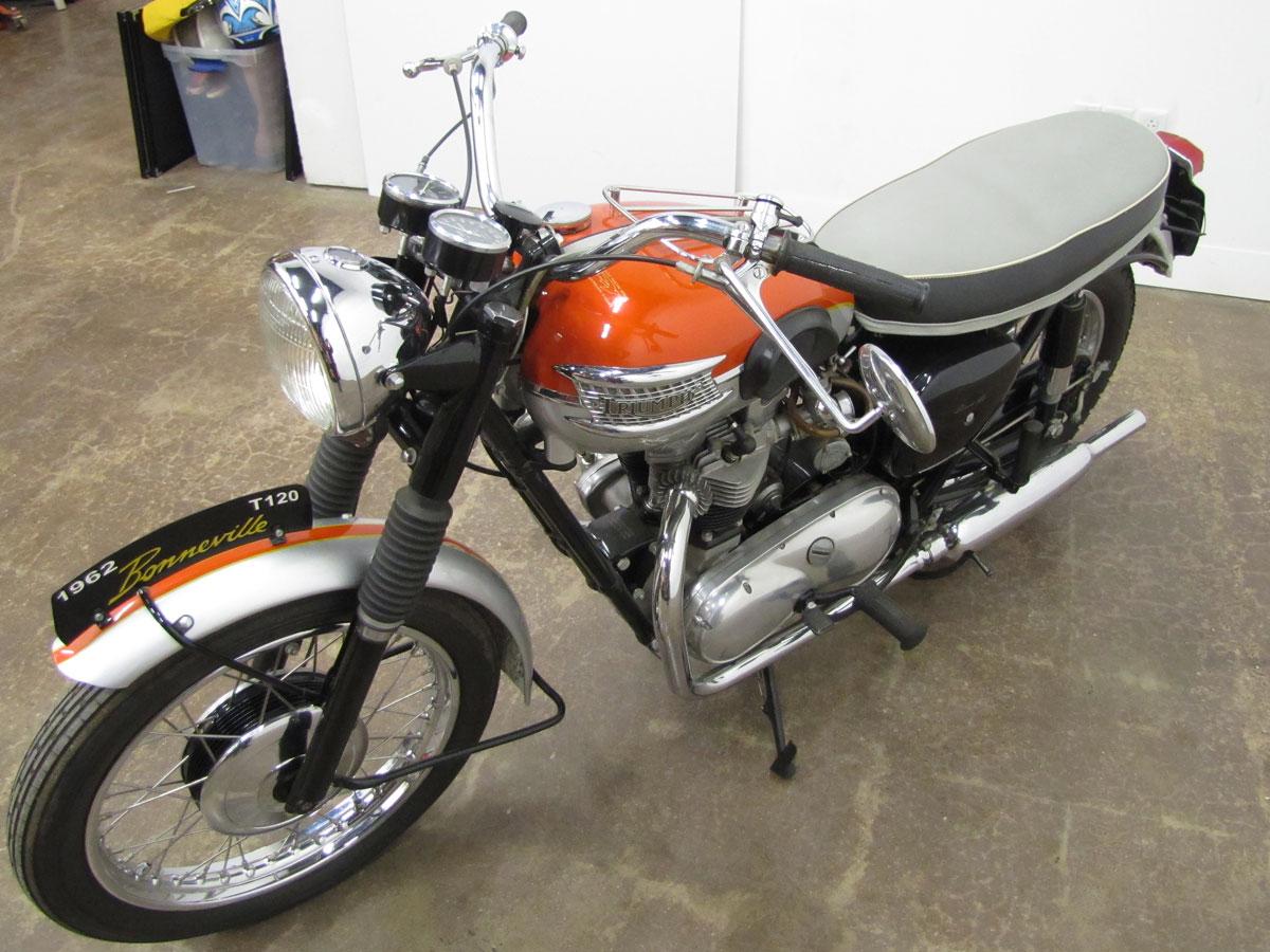 1962-triumph-bonneivlle-t120r_4