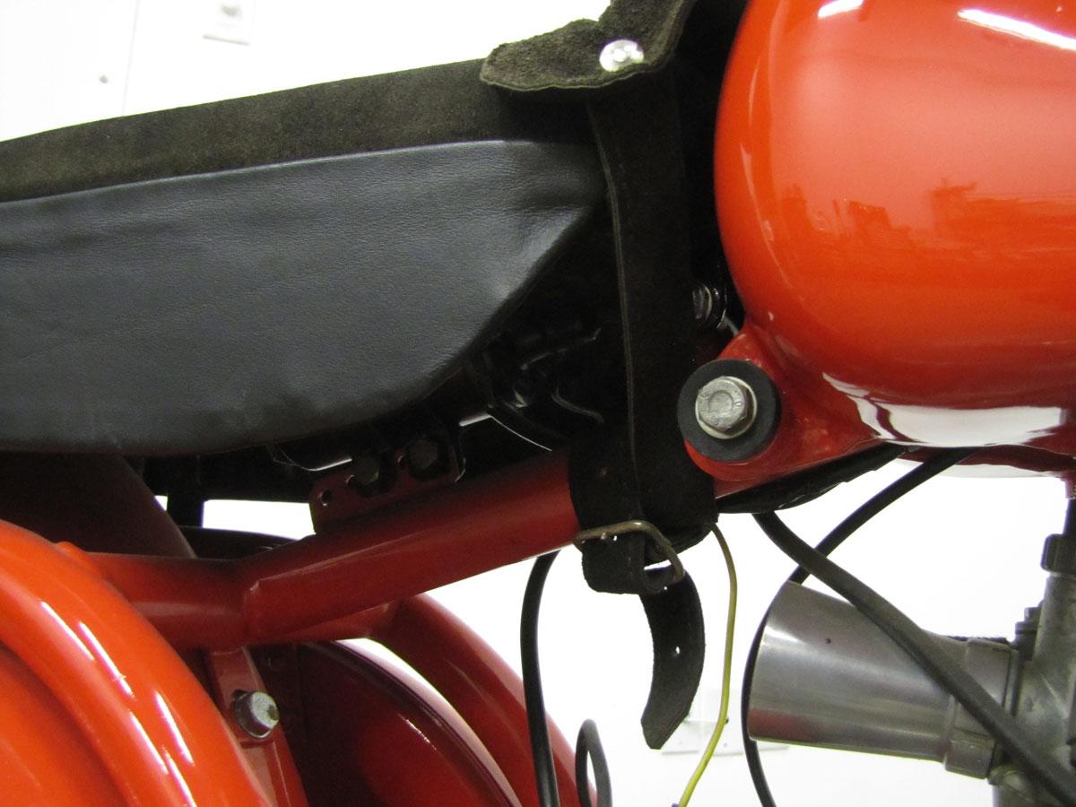 1956-parilla-gs175cc_15