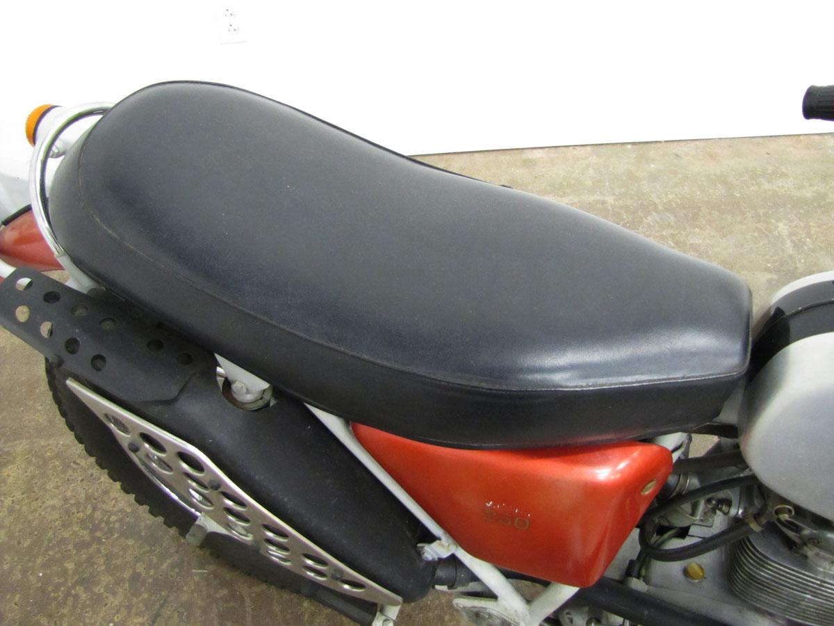 1971-bsa-b25t_11