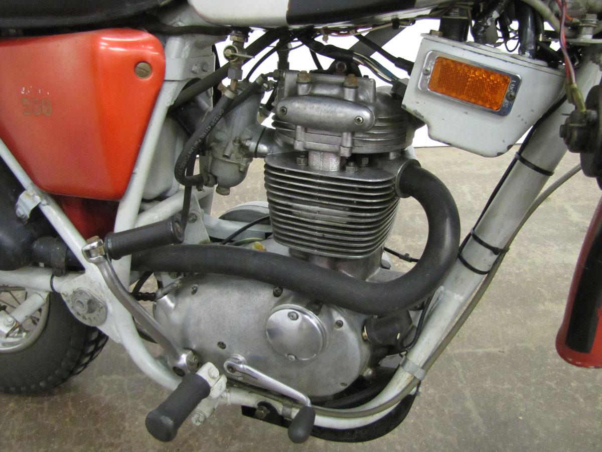 1971-bsa-b25t_24