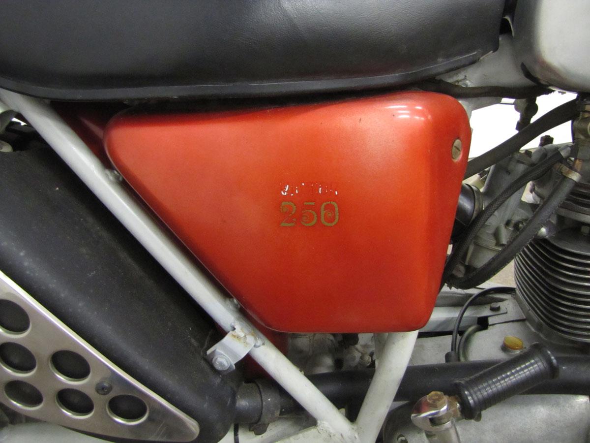 1971-bsa-b25t_26