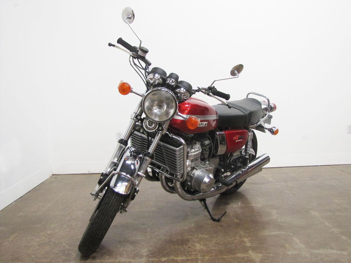 1975-suzuki-gt750_3