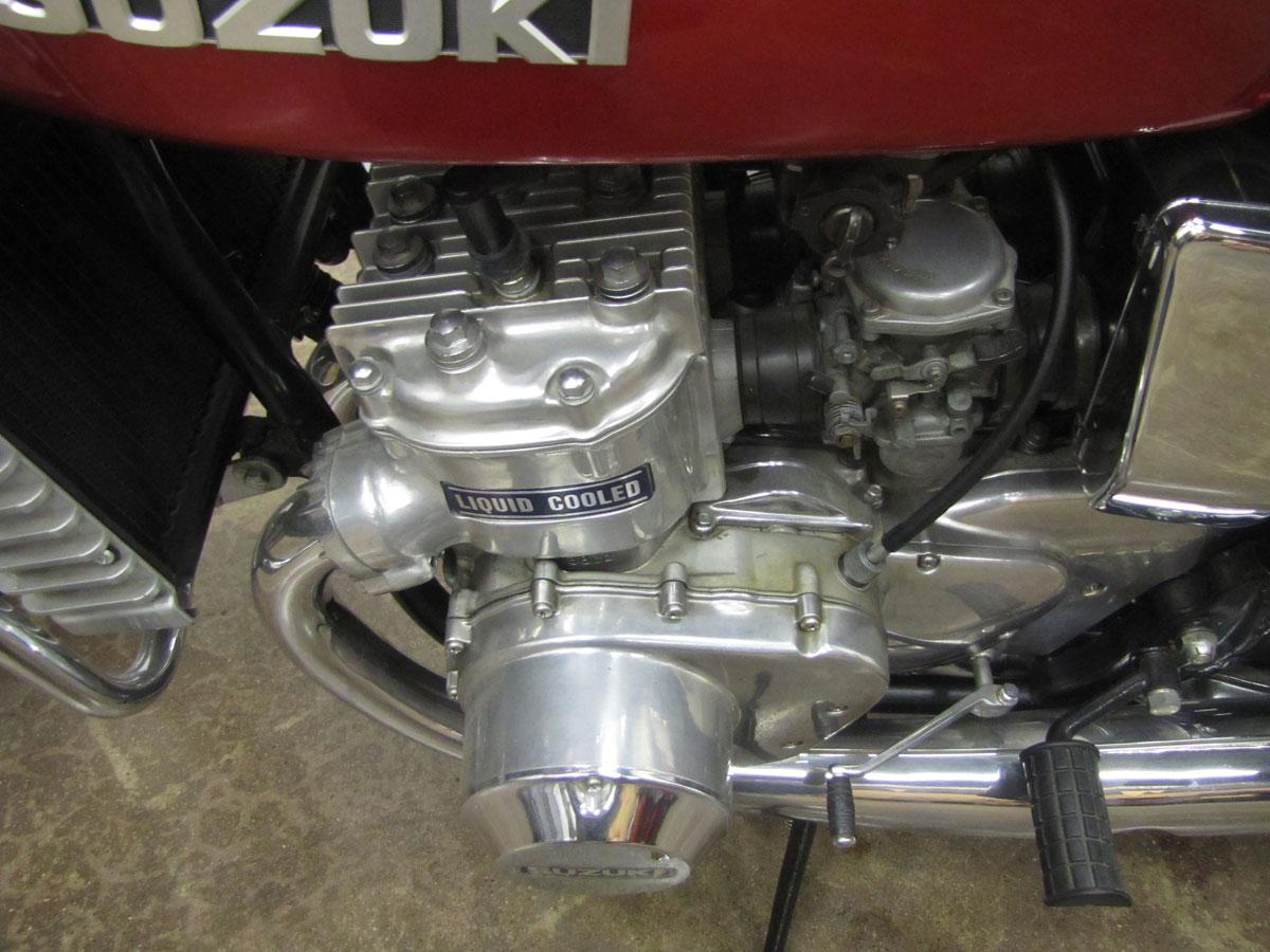 1975-suzuki-gt750_37