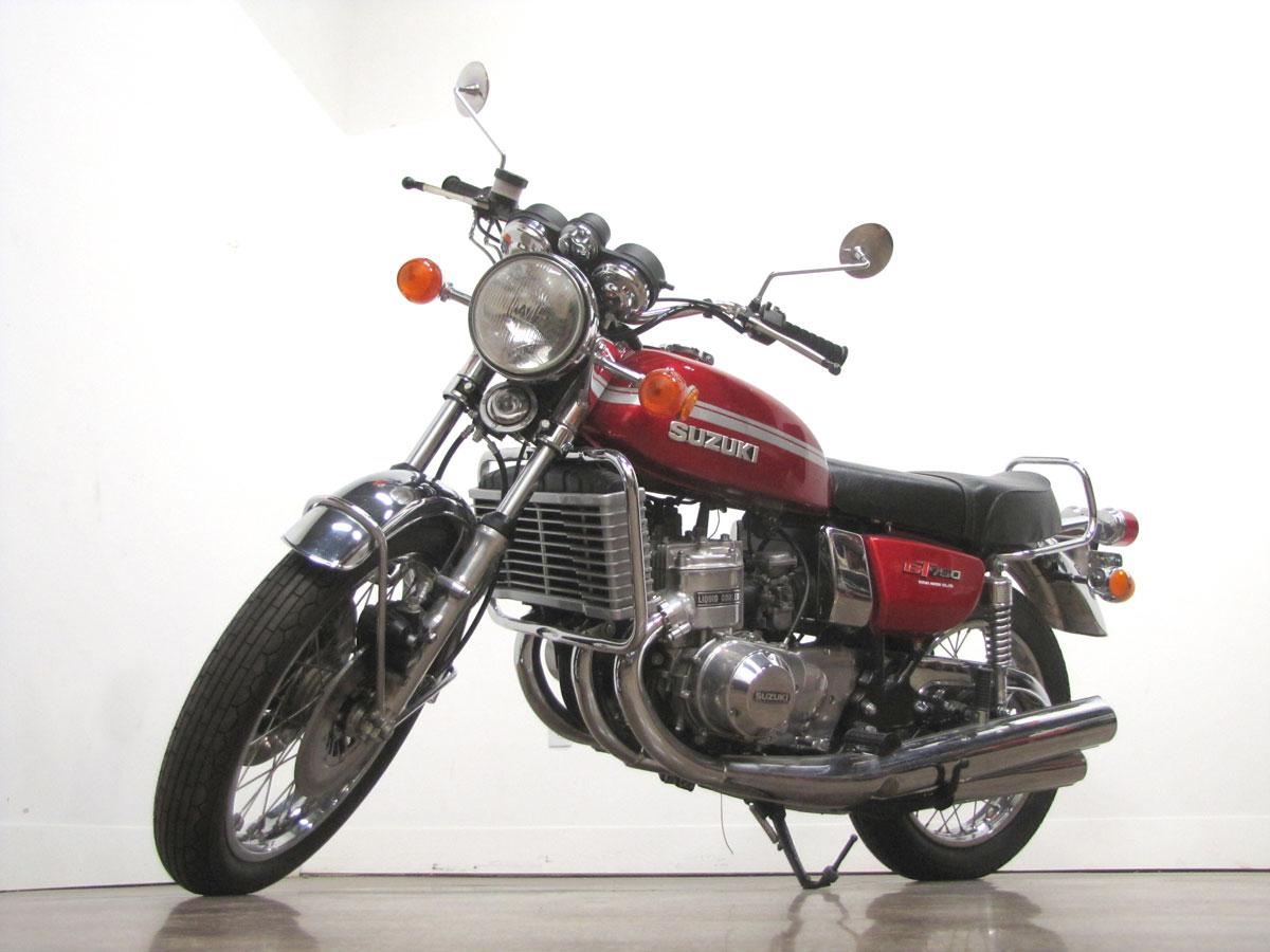 1975-suzuki-gt750_7