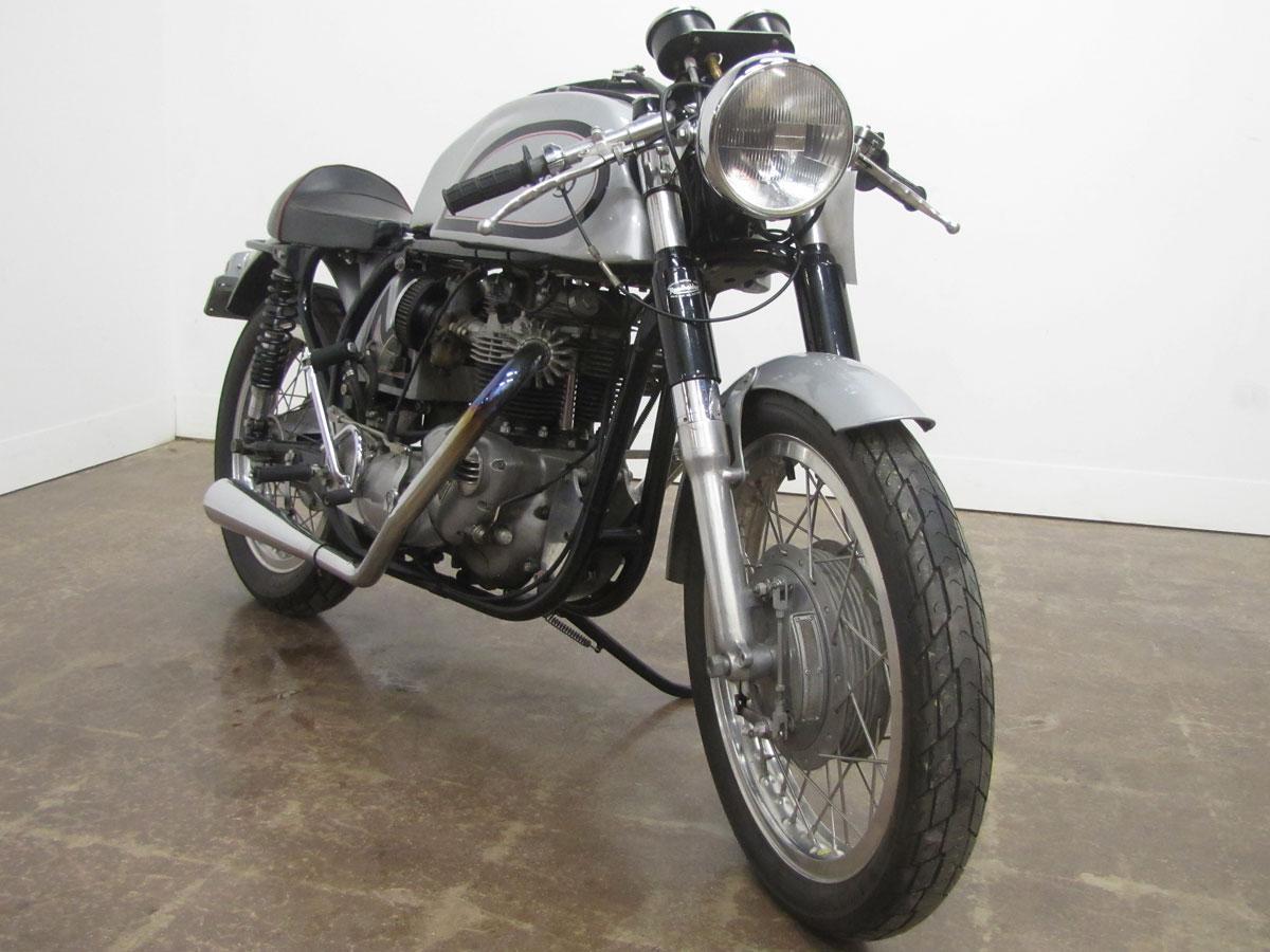 1960s-triumph-triton-cafe-racer_3