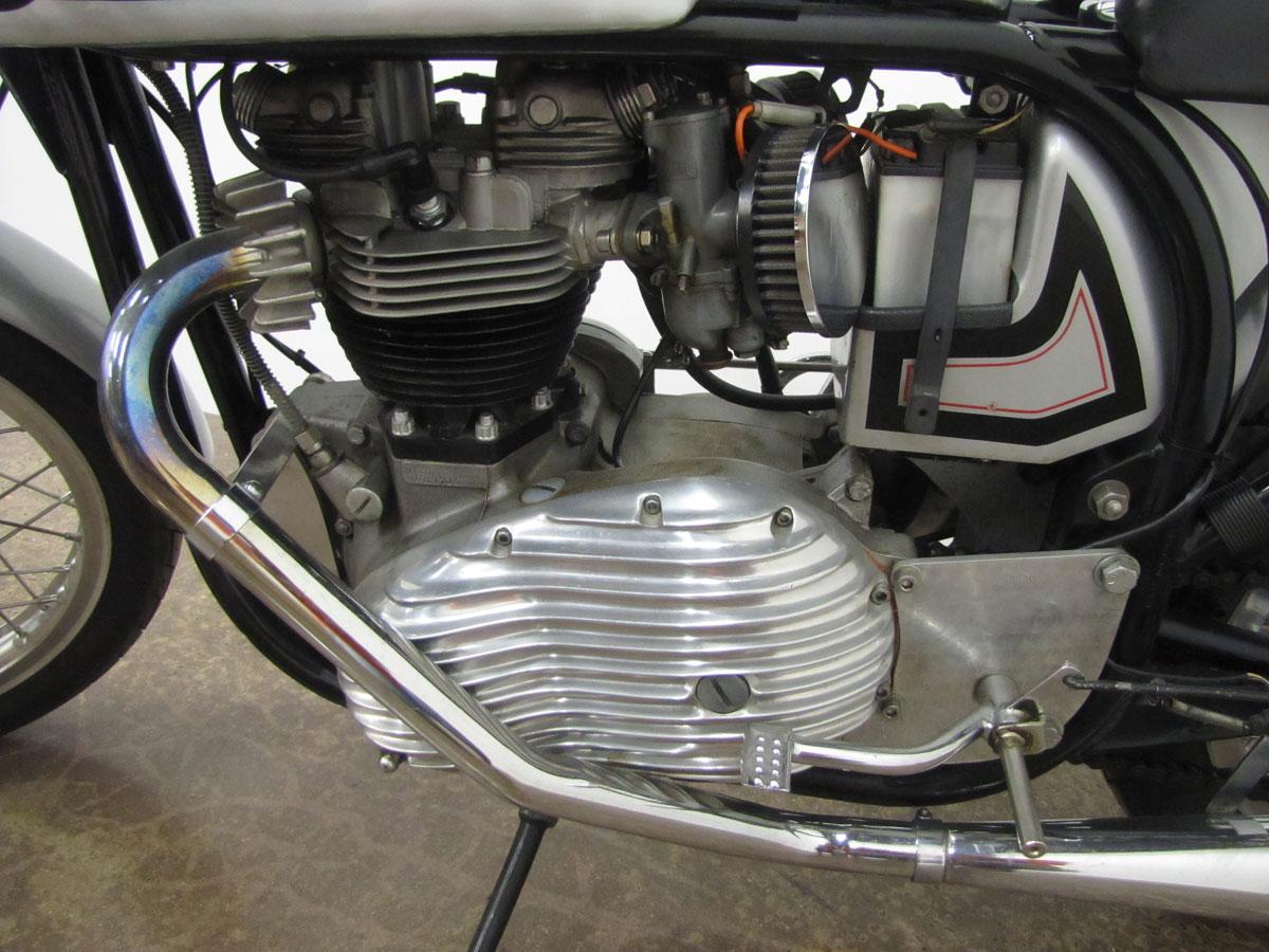 1960s-triumph-triton-cafe-racer_32