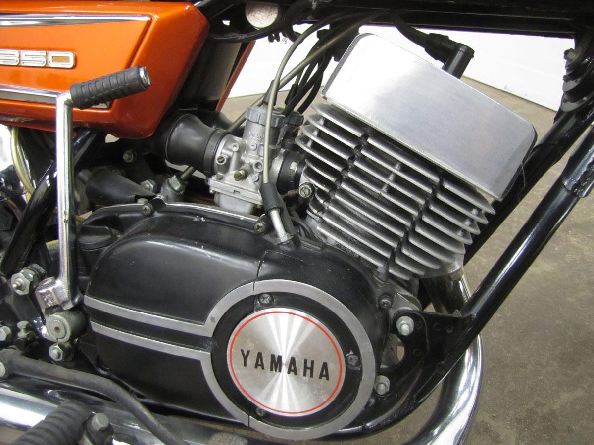1972-yamaha-r5-350_38