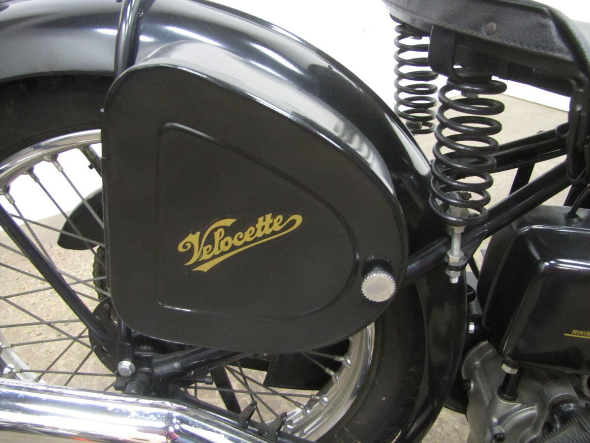1947-velocette-mov_35