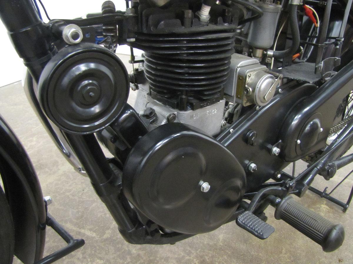 1947-velocette-mov_38