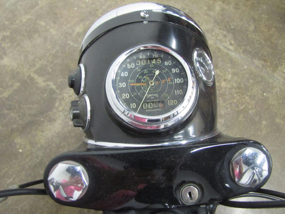1958-bsa-b33_11