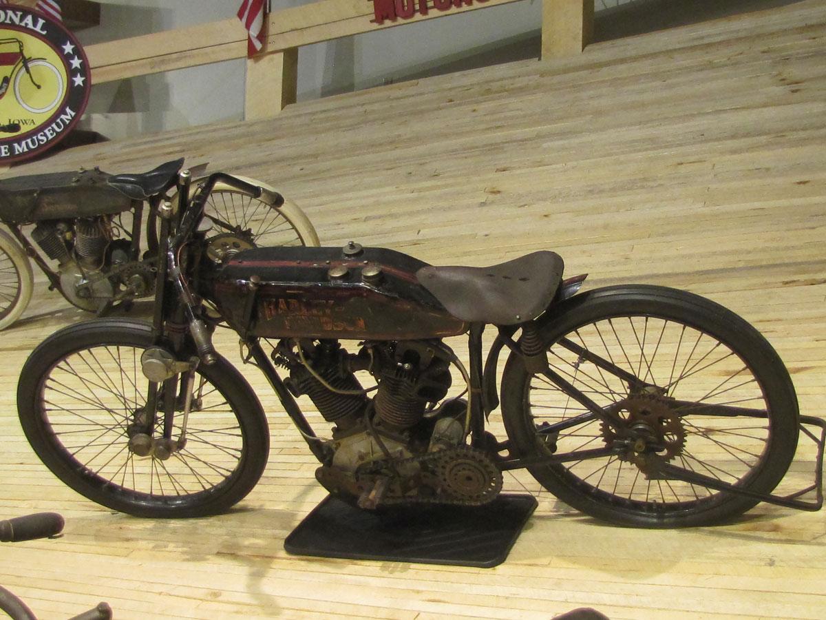1928-harley-davidson-board-track-racer_1