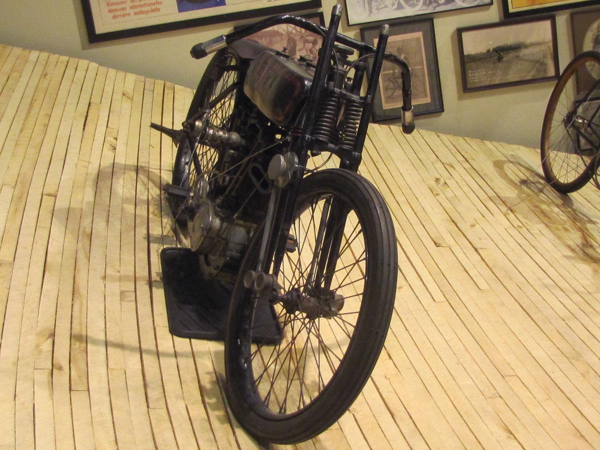 1928-harley-davidson-board-track-racer_10