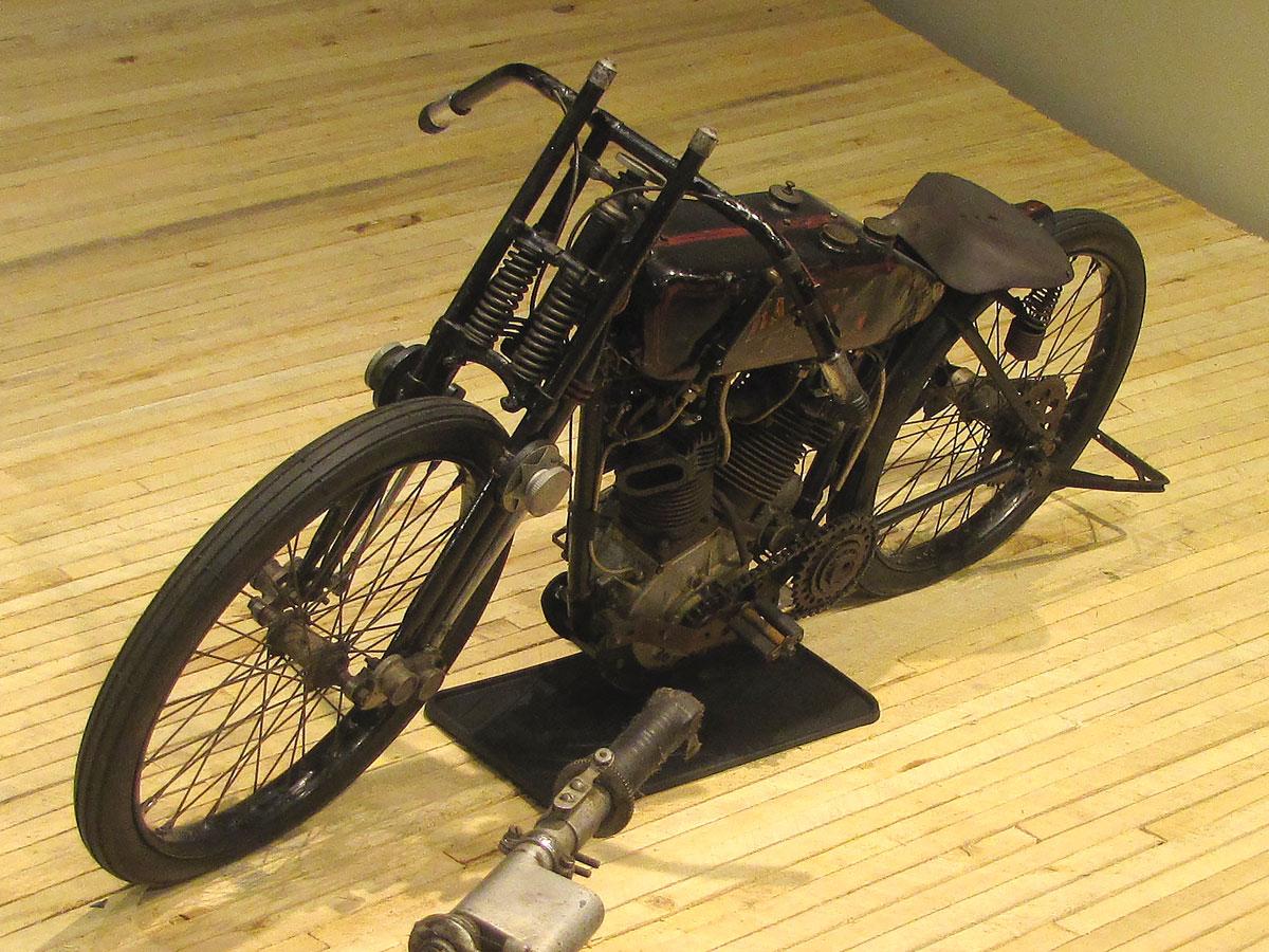 1928-harley-davidson-board-track-racer_2