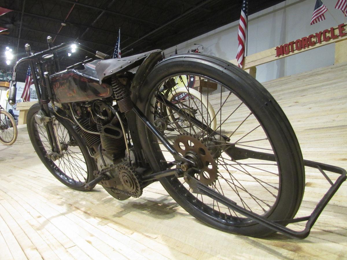 1928-harley-davidson-board-track-racer_3