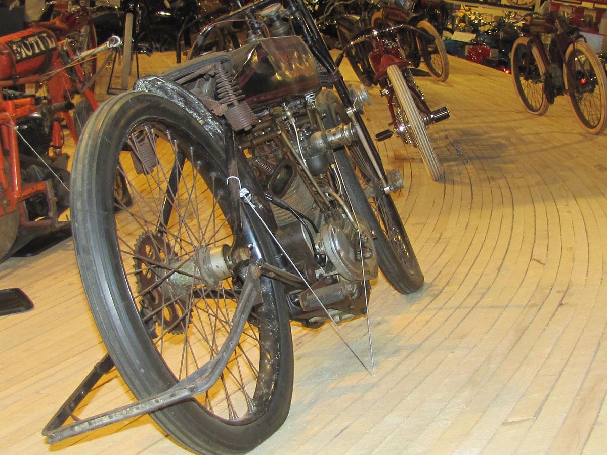1928-harley-davidson-board-track-racer_5