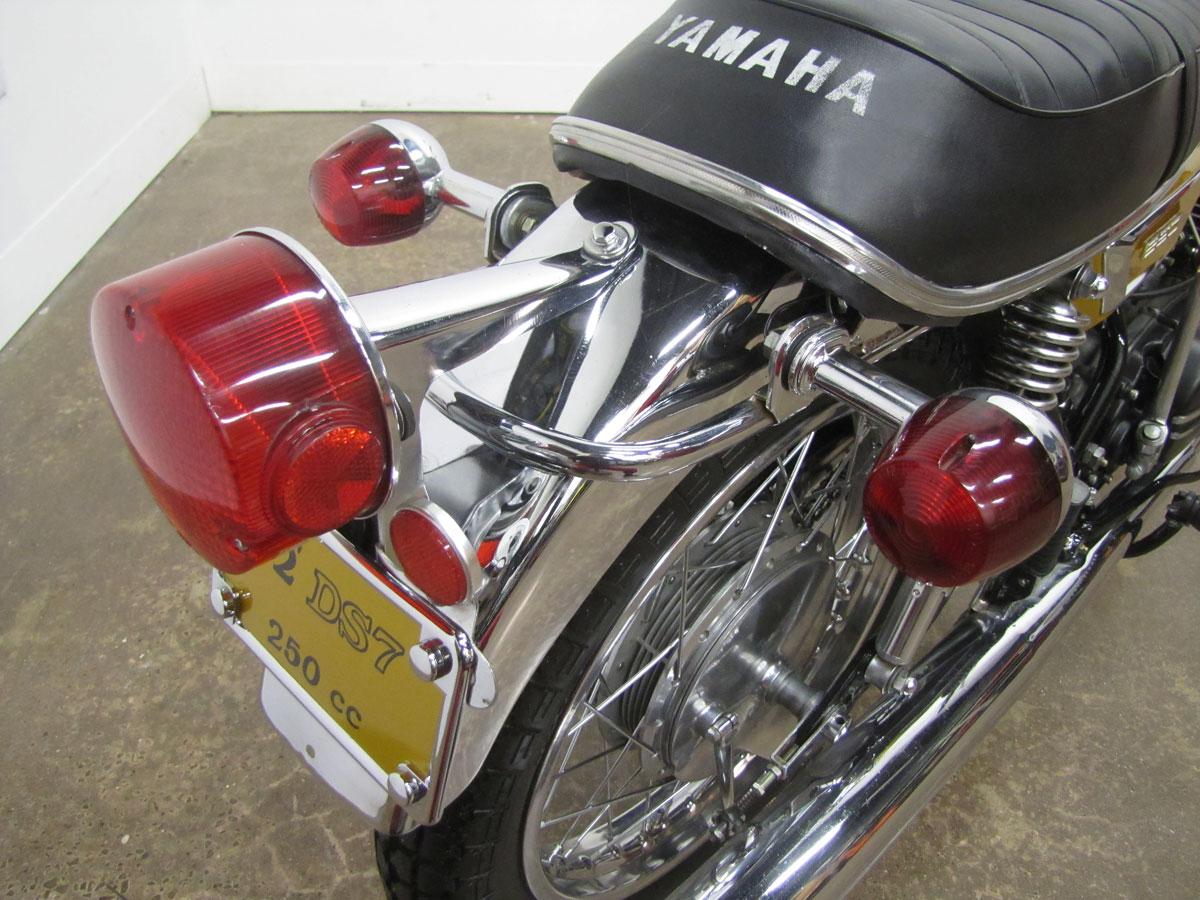 1972-yamaha-yds7_31