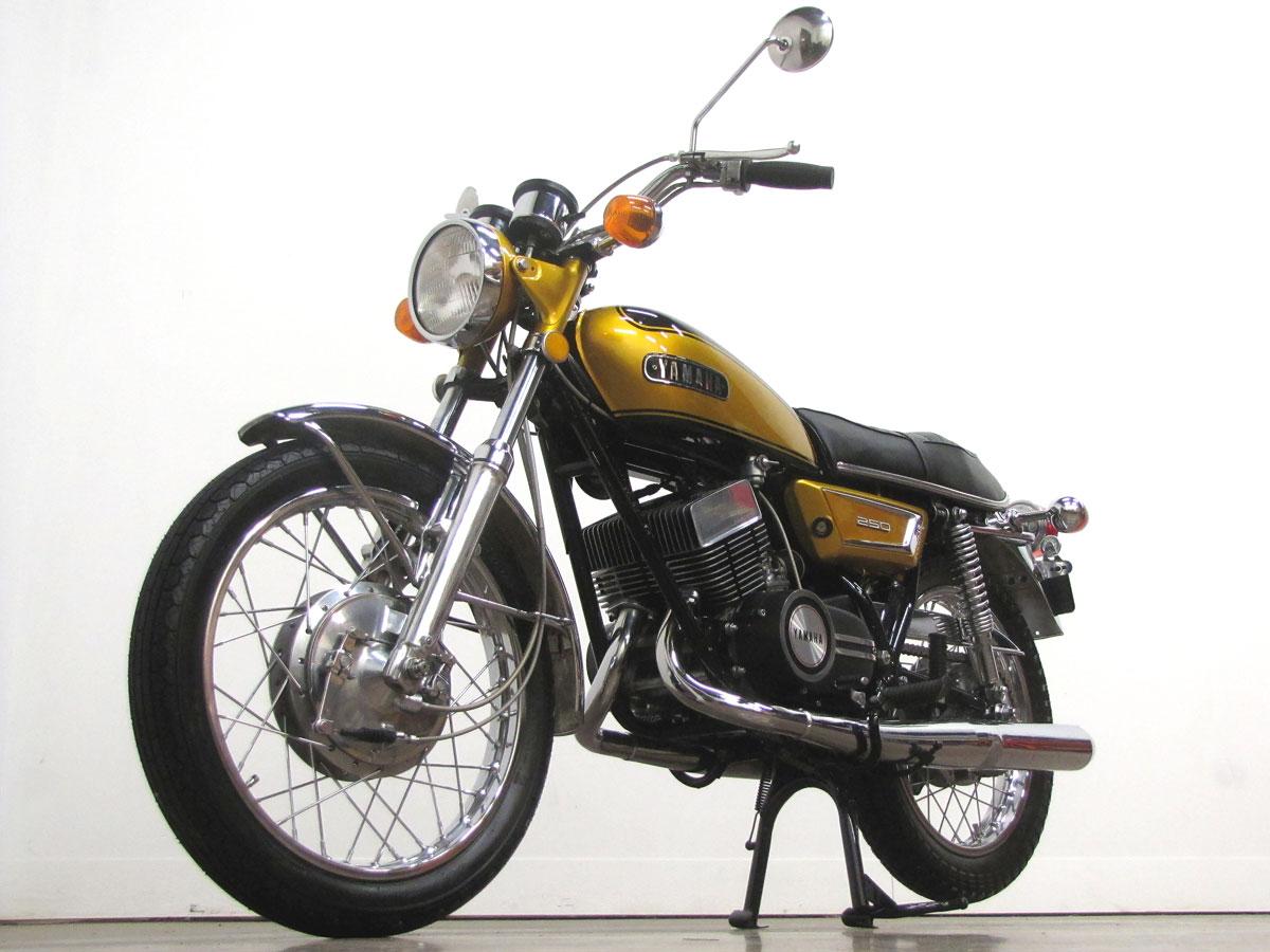 1972-yamaha-yds7_4
