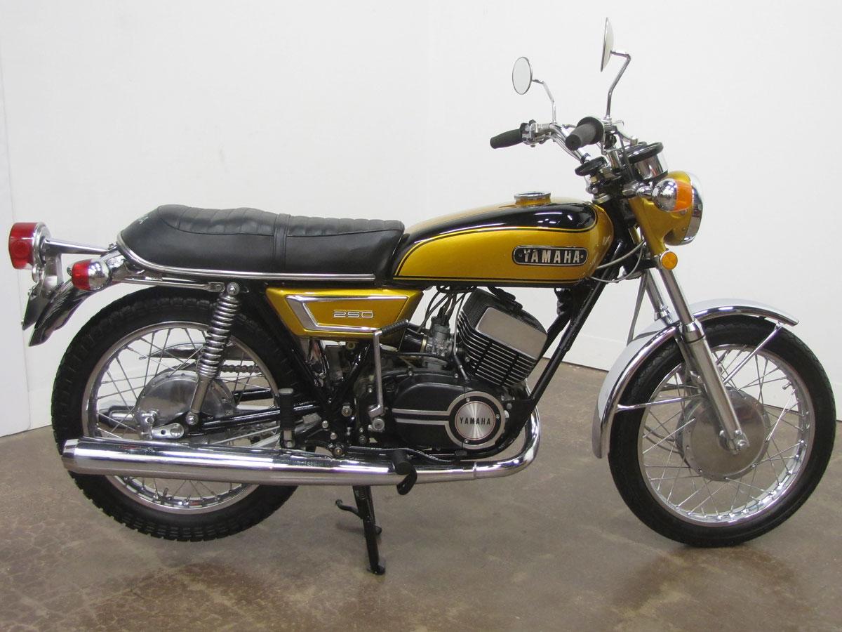 1972-yamaha-yds7_6
