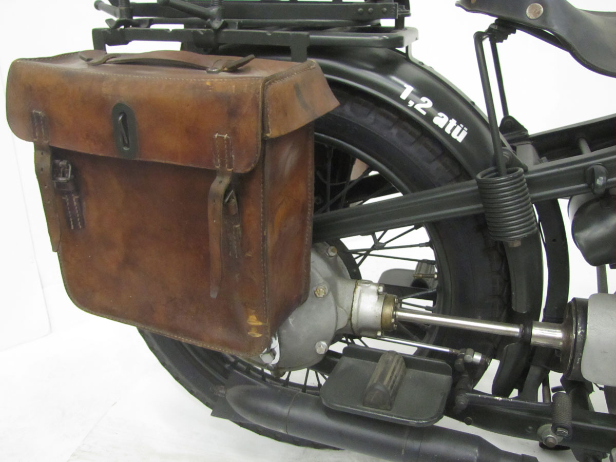 1939-bmw-r12-military_25