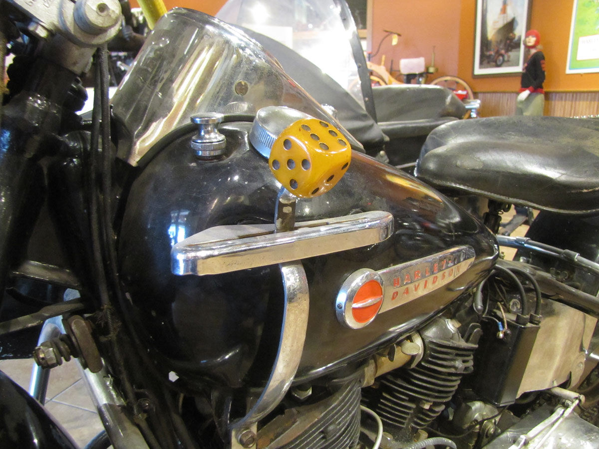 1947-harley-davidson-el-sidecar_10