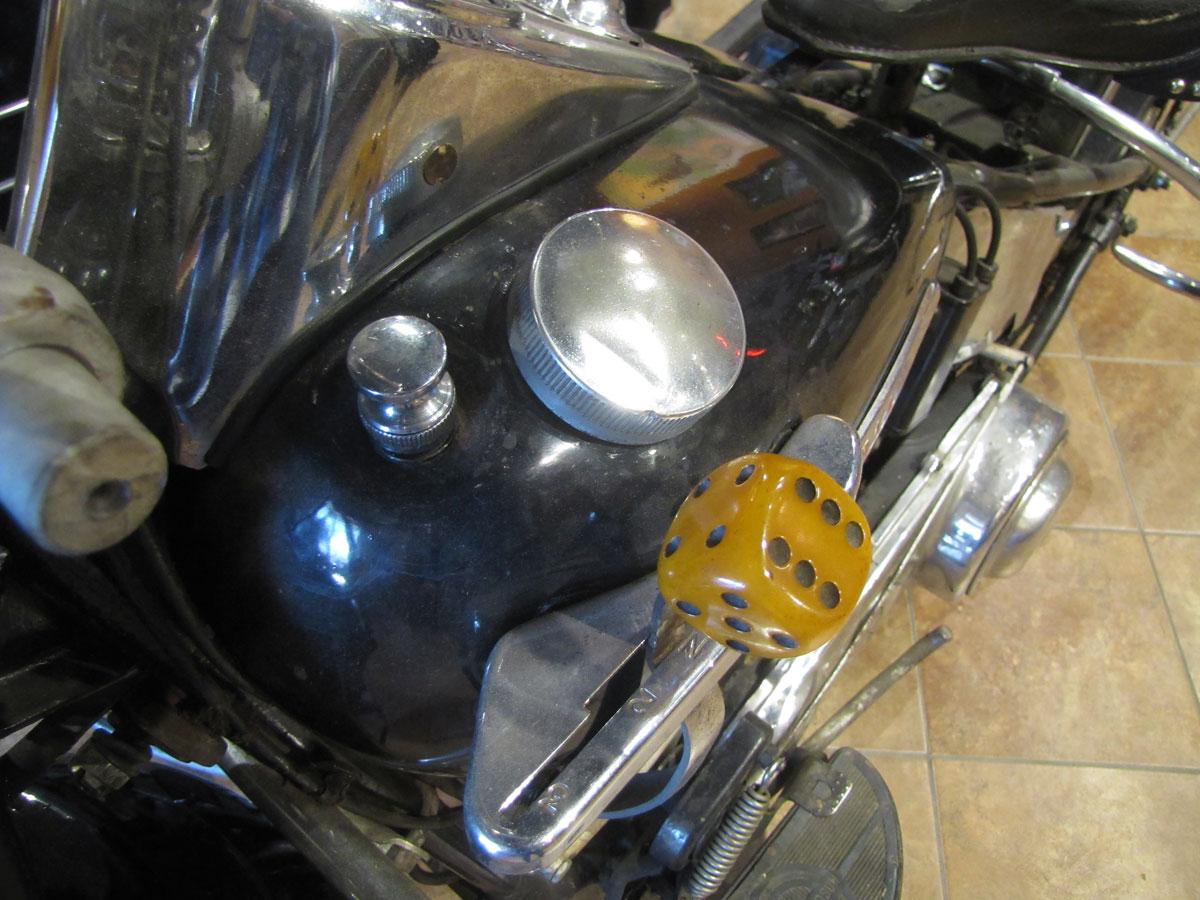 1947-harley-davidson-el-sidecar_11
