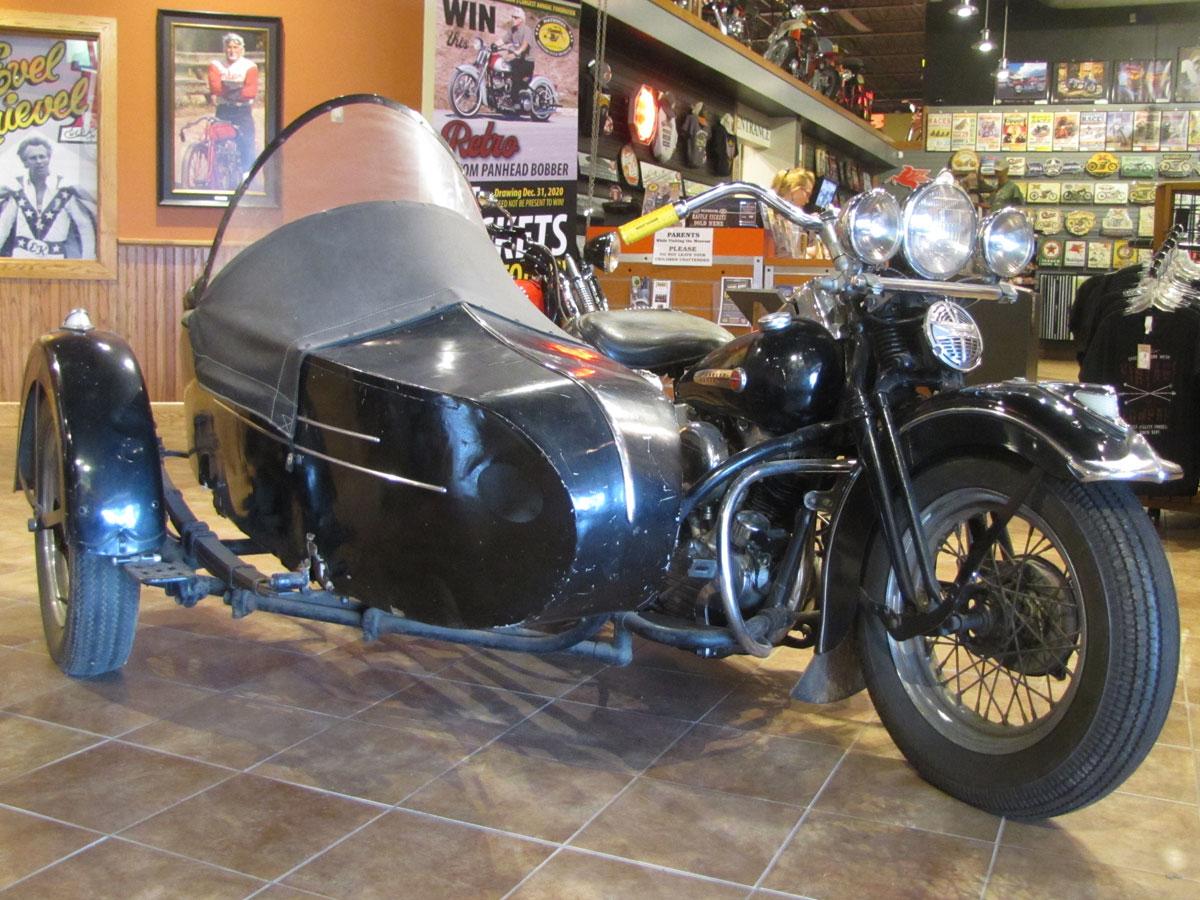 1947-harley-davidson-el-sidecar_2