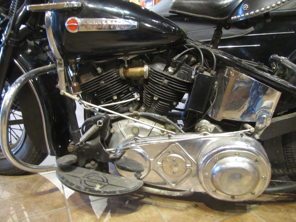1947-harley-davidson-el-sidecar_26