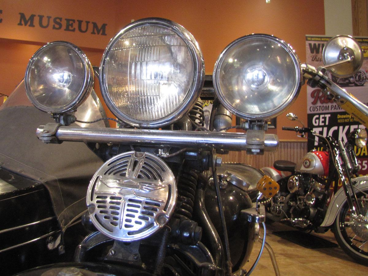 1947-harley-davidson-el-sidecar_9